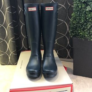 Hunter Original Slim Zip Navy Rainboot